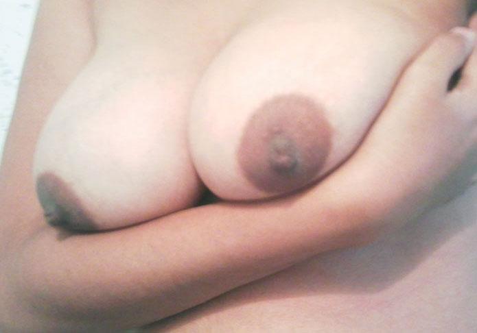 big boobs selfie image
