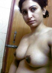naked bhabhi hot