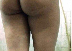 naked milf butt