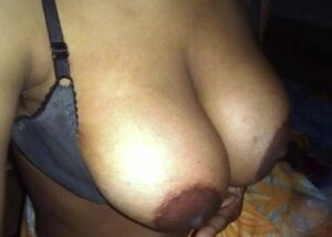 nude big boobs aunty