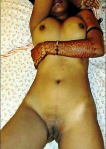 nude indian hairy pussy
