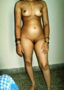 sexy pure naked bhabhi